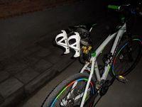 vélo vélo eau en aluminium achat en gros de-Gros-2015 vélo vélo vélo en aluminium arrière montage Saddle-Rail Support bouteille d'eau Cages titulaire pour Triathlon vtt route Montagne