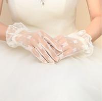 schöne handschuhe frauen großhandel-Sonderpreis Schöne kurze weiße Tüll-Brauthandschuh-Hochzeits-Braut-Handschuhe auch für formale Abschlussballhandschuhe der Frauen