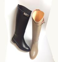 mejores botas negras al por mayor-¡mejor calidad! ¡envio GRATIS! u503 40/41/42 cuero genuino hebilla hasta la rodilla botas h negro gris de lujo clásico plana librado celeb