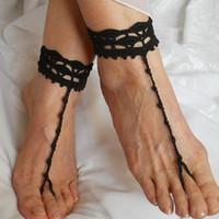 tığ işi sandalet kadın toptan satış-CROCHET BAREFOOT SANDALS / Yaz Sandles Ayakkabı Boncuk Victoria Halhal Ayak Kadınlar Düğün Seksi Aksesuarları Gelin Zarif Plaj Kıyafeti Boho