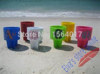 Vendita calda 4pc Summer Style Holiday PP Plastic Beach Drink Drink Bottle Lattine Holder Small Thing's Organizer Phone Holer