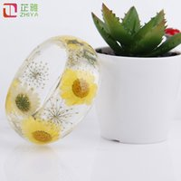 Wholesale Quick Shipment - Fresh clear yellow flower resin bangles women relaxation rhinestone bracelets quick shipment