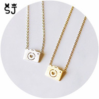 Wholesale Silver Camera Necklaces - 10pcs lot Gold Silver Photo Camera With Heart Lens Necklace Lovers Camera Hipster Necklace Mini Camera with Circle Star Necklace N125