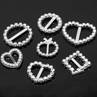 Wholesale round slider buckle resale online - 20 mm Round Heart Square Plastic Rhinestone like Buckles Bar Invitation Ribbon Chair Card Tape Slider Sashes Bows Buckles Wedding Supplies