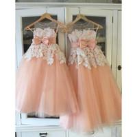 kızlar için dantel portakal elbisesi toptan satış-Güzel Çiçek Kız Elbise Düğün İçin Beyaz Dantel Turuncu Tül Çocuk Pageant Törenlerinde Sheer Boyun Kolsuz Çocuk Balo Parti Elbise