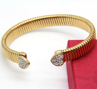Moda Gold Snake Wire Novo design Gold Stainless Steel Two Heart White Drill Cuff Bangle 10mm Wide Bracelet