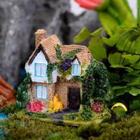 ingrosso fate in vendita in miniatura-Vendita casa delle bambole cottage villa Ornamenti miniature per fata giardino gnome resina artigianato bonsai decorazione del giardino bottiglia