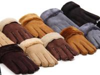 doigts multicolores gants chauds achat en gros de-Hiver Micro Suede Hommes Et Femmes Gants Faux En Cuir Avec Des Doigts De Fourrure Gants Cuir Artificiel Garder Au Chaud Mélanger Couleurs En Gros