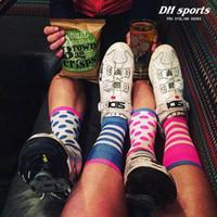 Wholesale thick boys socks - NEW 2018 Boys Sock Cycling Basketball Soccer Hiking Ski Athletic Outdoor Sports Thick Calf High Crew Socks