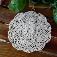 12 häkeltücher großhandel-2015 neue ankunft 24 cm 12 pic / lot baumwolle häkelspitze deckchen für wohnkultur 3D blume fühlte für tee tisch coaste pad placemat mat