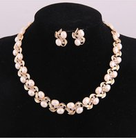Wholesale Luxury Fashion Women Bridal Pearls Gold Plated Wedding Necklace Earrings Jewelry Sets Brand New Good Quality