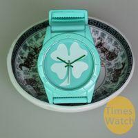 montres chanceuses achat en gros de-13 couleurs unisexe Clover Lucky cadeau d'anniversaire en silicone montre de mode montres Deco Freeshipping montres-bracelets montres à quartz