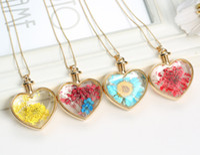 Wholesale Heart Shaped Glass Bottle Pendants - Mix style multicolor dried flower botanical pendant heart shape glass wishing bottle pendant necklace glass locket necklace FL12