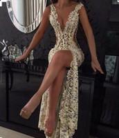 champanhe vestidos beading venda por atacado-2019 Champagne Sexy Mergulhando V Pescoço Apertado-Alta Divisão Vestidos de Noite Cheia Do Laço Cutaway Backless Prom Vestidos Com Beading BA2786