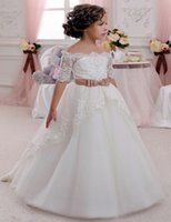 Wholesale Cute Flower Girl Dresses for Wedding Vintage Lace with Coral Bow Belt Princess Lace Up Kids Communion Dresses