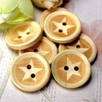 boutons d'étoiles en bois achat en gros de-WB-19 gros 100 pcs Mixsize peint Wodden étoiles boutons deux trous en bois Bouton bouton décoratif Crafts Crafts Accessoires de vêtement