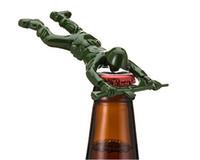 adam atma toptan satış-Yeni parti hediyeler Ordu Adam Şişe Açacağı Bar Aracı Gag Hediye Die Cast Metal-Haki Yeşil opp torba ile