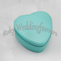 Wholesale Tin Boxes Party Favors - FREE SHIPPIN 50pcs lot Heart Tin Boxes Favors Candy Boxes Wedding Favors Party Gifts Tiffany Blue Heart Favor Holders Party Deocration Idea