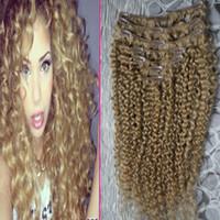 ingrosso capelli biondi africani umani-Fragola bionda crespi ricci clip in estensioni dei capelli 100g clip afro-americano in estensioni dei capelli umani 7pcs mongolo ricci crespi capelli