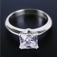 synthetische diamantprinzessin großhandel-1CT Princess Cut Synthetische Diamant Ring 925 Sterling Silber Schmuck 18 Karat Weißes Gold Überzogen Hochzeit Ringe Für Frauen Braut Geschenk