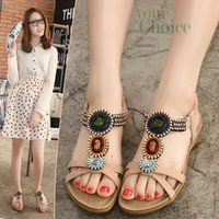Wholesale Open Back Thong For Women - Flat sandals for lady super comfortable beading open toes hot design breathable cut-out thong sandals for women YonDream-235