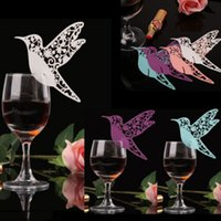 Al por mayor-50pcs Laser Cut Pearlscent Paper Cards DIY Place Card Flying Birds Tazas Glass Wine Wedding Name Cards Birthday Party Decoration