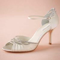 sandalia de baile de boda de marfil al por mayor-Zapatos de novia de marfil Sandal Open Toe 2015 Bombas de las mujeres Wrap Strap Party Zapatos de baile 3