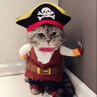 divertidos disfraces sombreros al por mayor-2016 Nueva Divertido Pet Cat Pirata Traje Traje Perro Gato Ropa Corsair Vestirse Ropa para Gatos más sombrero