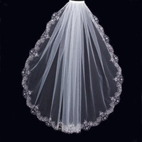 pente do véu do casamento do mantilla venda por atacado-Encantador Branco Marfim Véus Curtos Festa De Casamento De Luxo Frisada Guarnição Do Laço Uma Camada Barato de Alta Qualidade Nupcial Mantilla Tulle com Pente