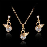 Wholesale Girls Swan Sets - Hot Gold Silver Plated Swan Pendant Necklace Earrings Set Jewelry sets Crystal Jewelry sets Wedding Accessories Wedding Jewelry
