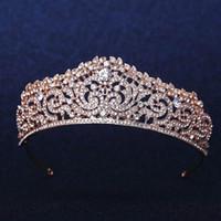 altın düğün taç tiaraları toptan satış-Altın Kaplama Düğün Taç Gelin Nedime Çiçek Kız Kristal tiara Rhinestone taç kafa Gelinlik Stüdyo Tiara Kalıplama