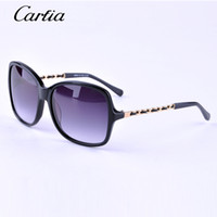 Fashion black metal stars - star style brand designer sunglasses CH huge frame metal chain legs polarized sunglasses for women with free accessories
