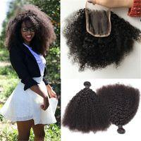 kinky kıvırcık saç 4pcs kapanış toptan satış-Moğol 9A Afro Kinky Kıvırcık İnsan Saç Dantel Kapatma Ile Örgüleri 4 Adet / grup Kinky Kıvırcık Dantel Kapatma Siyah Kadınlar Için Saç Uzantıları Ile