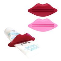 labios besos baño al por mayor-Al por mayor-2pcs Sexy Hot Lip Kiss baño tubo dispensador de crema de leche crema exprimidor 2016 moda accesorios de baño