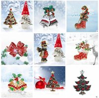 Wholesale Cheap Christmas Pins - Christmas Brooches and Pins for Women Men Alloy Diamond Christmas Gifts Pins For Women Bell Snowman Rhinestone Brooch Cheap Fashion Jewelry