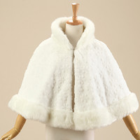 Wholesale White Fur Short Wedding Capes - 2017 Warm Thick Fur Wedding Cloak Stand-up Collar White Bridal Bolero Jacket Short Winter Bridal Cape In Stock