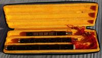 xiao instrumento chino al por mayor-Instrumento musical chino Xiao de la flauta de bambú tallada calidad en la llave G, 8 agujeros del dedo, 3 secciones