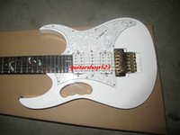 Wholesale Professional Oem - new White Electric Guitar Gold accessories OEM Chinese guitar free shipping