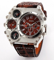 Oulm Men 2 movement Termómetro Brújula Decoración Wide Leather Sport Watch 1349