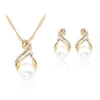 conjunto de joyas de perlas austriacas al por mayor-Conjuntos de joyas de perlas 2016 aretes collar de moda conjuntos de joyas de diamantes de imitación de austria para las mujeres conjuntos de joyas de perlas