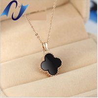 Wholesale Leaf Necklace Pendants - Four-leaf blade grass necklace female Korean edition black Korean jewelry trade fashion accessories titanium steel rose gold short box chain