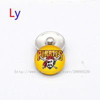 Wholesale Wholesale Pittsburgh Pirates - Fashion accessories Pittsburgh Pirates MLB baseball glass snap button jewelry charm popper for fans bracelet jewelry making NE0100
