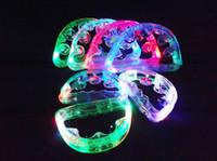 luz pisca de pandeiro venda por atacado-Frete grátis Dynamo tambourine chocalhos flash luz emitindo bar suprimentos KTV entretenimento bar Diba luminosa brinquedos de plástico casamento
