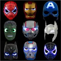 masque spiderman iron man achat en gros de-Avengers LED Flash Glowing Masques Super-Héros Captain America Spiderman Iron Man Éclairage Masque Enfants Halloween Masque De Bande Dessinée