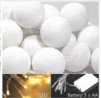 ingrosso 12v tenda di luce-2M 20 LED Cotton Ball LED String Lighting Holiday Christmas Wedding Party Tenda Decorazione Luci Drop Warm White Light
