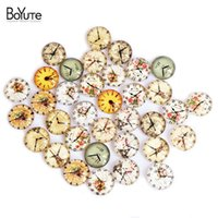 Wholesale Cabochons Bags - BoYuTe 35-40Pcs Bag Clock DIY Cabochon 14MM Round Clock Image Cabochons Glass Clock Parts Accessories XL5637