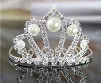 coroa de meninas bonitas venda por atacado-Menina bonita Princesa Coroa Com Pente de Cristal Strass Pérolas Meninas 'Cabeça Peça Para O Casamento Da Menina de Flor Acessório de Cabelo Aniversário Coroa Diária