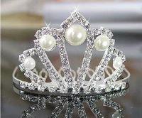 güzel kız taç toptan satış-Tarak Ile Pretty Kız Prenses Taç Kristal Rhinestone İnciler Kızların Baş Adet Düğün Çiçek Kız Saç Aksesuarı Doğum Günü Günlük Taç