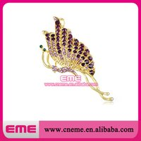 Gold Tone Twisted améthyste pourpre strass papillon Insecte Broche Costume