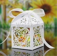 Barato Caixas De Lanternas De Casamento-Frete grátis 120PCS cores Laser Cut Heart Lantern Style Candy Favor Boxes Wedding Party Sweet Table Decoration Candy Boxes